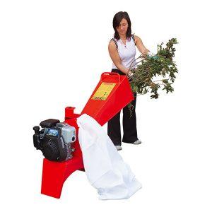 Šakų ir daržo atliekų smulkintuvas